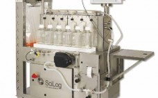 Photo 1:  Single-use automated system for the final bulk filtration and dispense of biopharmaceuticals