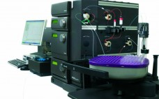 The authors used an ÄKTA Explorer-100 system in their study.  GE HEALTHCARE (WWW.GELIFESCIENCES.COM)