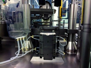 Photo 4: Single-use filling wetted path system installed in the Bausch+Ströbel SFM 5110 filling machine